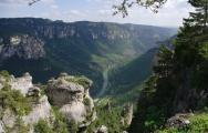 mini_riviere-vallee-randonnee-gorges-tarn-psjean.jpg
