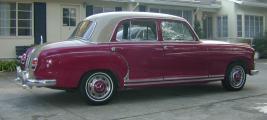 mini_Ponton_1959_Mercedes_Benz_220S_Sedan.jpg